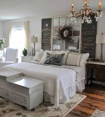 Image Front Yard 22 Comfy Farmhouse Bedroom Design And Decor Ideas Homeideasco 35 Comfy Farmhouse Bedroom Design And Decor Ideas Homeideasco