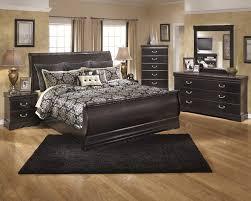 Sleigh Bed Bedroom Set Esmarelda 5 Pc Bedroom Dresser Mirror Queen Sleigh Bed