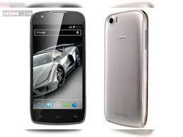 Xolo Q700s with 4.5-inch display ...