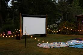 Easy DIY Outdoor Cinema Will Make Your Yard The Ultimate Place For  Entertainment