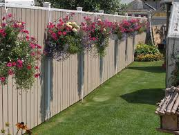 Top 23 Surprising DIY Ideas To Decorate Your Garden Fence - Amazing DIY,  Interior & Home Design