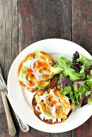 this sweet chili avocado bagel bruschetta recipe is so simple to make and a wonderland of