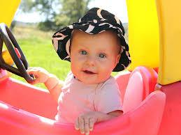 baby development at 7 8 months