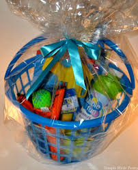 create a summer fun outdoor themed gift basket for less than 5