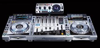 pioneer nexus 2000. pioneer unveil hideously tacky platinum edition cdj-2000nexus multi-player, djm-900nexus nexus 2000 n