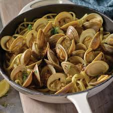 Clams with White Wine and Garlic Recipe ...