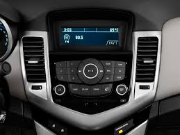 2012 Chevrolet Cruze Radio Interior Photo | Automotive.com