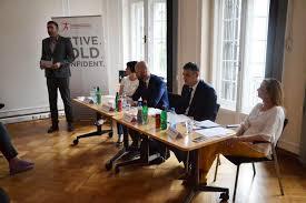 ksenija golubović filipović co moderating amcham serbia s round table