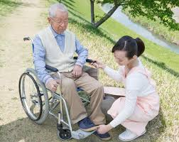 What Is A Personal Caregiver With Pictures