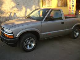 2002 Chevrolet S-10 - Information and photos - MOMENTcar