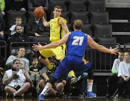 Oregon men's basketball: Newcomers making a difference for Oregon | College  | democratherald.com