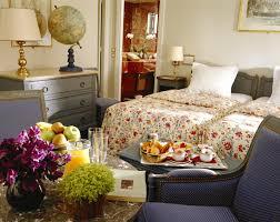 Retro Style Bedroom Bedroom Emphasize Design Of Borderless Bathroom And Bedroom