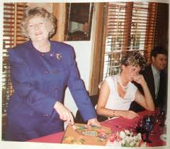 With her housekeeper Mary Berry | Princess diana family, Princes diana,  Lady diana spencer