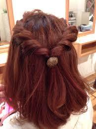 結婚式お呼ばれの髪型ヘアスタイルボブのハーフアップなら10分で出来