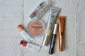 with s that won t feel heavy on your skin and won t melt off your face this is my summer day natural glowy makeup routine