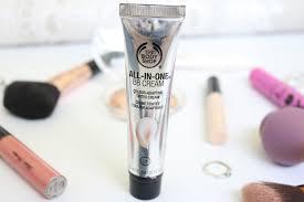 jodetopia daily makeup routine essence makeup revolution the body anubis luxie