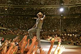 Kenny Chesney Old Dominion Veterans United Home Loans