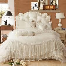 luxury lace edge princess cream colored wedding bedding set satin jacquard 4pcs bedclothes romantic elegant