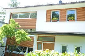 Holzfassade Fassadenelement Mit Fenstern