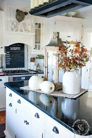 Amazing Nice 40 Gorgeous Kitchen Island Decorating Ideas. More At Https://homehihoo.