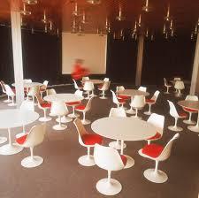 1960s dining table knoll international saarinen round dining table by eero saarinen