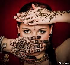 татуировки хной на руках и теле