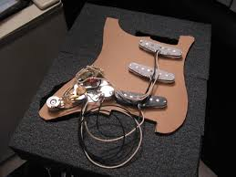 ultimate david gilmour black strat build page 3 fender i ll keep you up to date what s going on for now here s a photo of the build