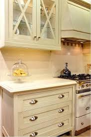 allen roth sugarbrush quartz kitchen countertop quartz notice the matching and s in allen roth angel ash quartz kitchen countertop