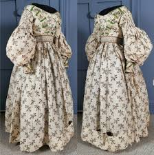 If you do please leave a. Hustle Some Bustle With These Victorian Dresses The Costume Rag