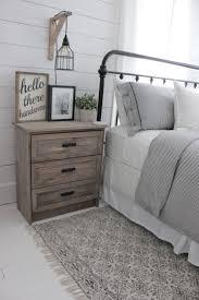Best 25+ Farmhouse bedroom decor ideas on Pinterest | Farmhouse ...