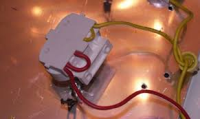 minershop transilluminators diy wiring of the 2g11 connector one for each u tube note the wire loops to tie the filaments together for rapid start operation