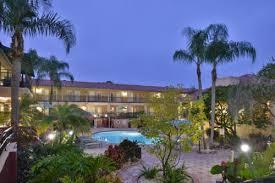 busch gardens hotel. Holiday Inn \u0026 Suites TAMPA N - BUSCH GARDENS AREA Busch Gardens Hotel