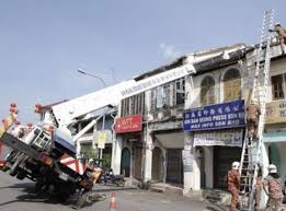 Pm Crane Load Chart Truck Mount Overturn In Malaysia Crane Accidents