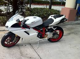 17 best ideas about ducati 1098s moto bike ducati ducati superbike ducati 1098s 07 full termi custom paint fully serviced 1098 s 1199 848