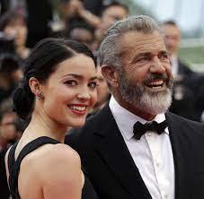 Neuntes Kind für Mel Gibson, 60 Jahre ...
