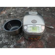 Nồi cơm điện cao tần IH ZOJIRUSHI NP-HX 10 -1 lít áp suất