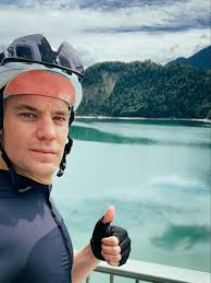 Manuel peter neuer is a german professional footballer who plays as a goalkeeper and captains both bundesliga club bayern munich and the ger. Manuel Neuer