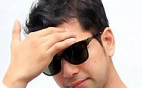 Kriteria Jodoh Raffi Ahmad yang Didambakan Keluarganya. Dokumentasi. Raffi Ahmad. Laporan Wartawan Tribunnews.com, Willem Jonata. TRIBUNNEWS.COM, JAKARTA - Raffi-Ahmad-berkacamata