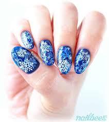 31 snowflake nail designs that don t go