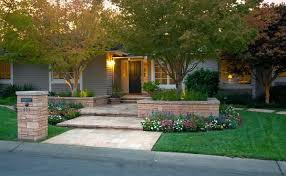 Landscaping Ideas for Front Yards. 1. Cheap Landscaping Ideas
