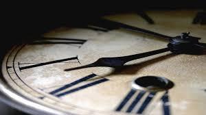 El domingo se atrasa la hora