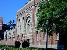 220px UCLA Glorya Kaufman Hall