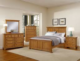 Wall Color For Bedroom With Light Brown Furniture