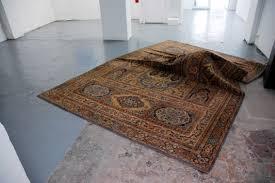 christine clinckx carpet sound installation 2010 Galerie Vanessa