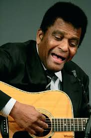 you charlie pride crystal chandeliers country legend pride sings chain of love during the governors