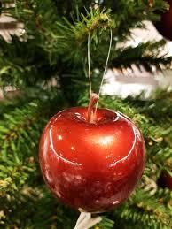 Der Weihnachtskugeln Apfel Bringt Eine Feierliche Stimmung