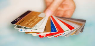 The Advantages of Owning a Credit Card