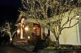 outdoor christmas lighting. 60-trendy-outdoor-christmas-decorations_48 Outdoor Christmas Lighting