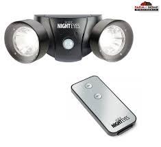 Ideaworks Motion Activated Cordless Light Upc 017874021598 Ideaworks Solar Night Eyes Alarm Light