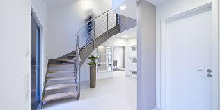 Einläufige treppen sind treppen, die nicht durch ein podest unterbrochen werden. Die Beliebtesten Treppenformen Und Was Sie Ausmacht Rotzer Blog